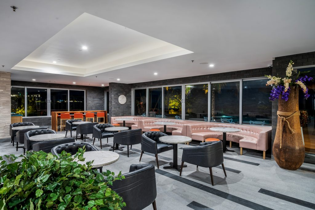 KOI Ultra Lounge