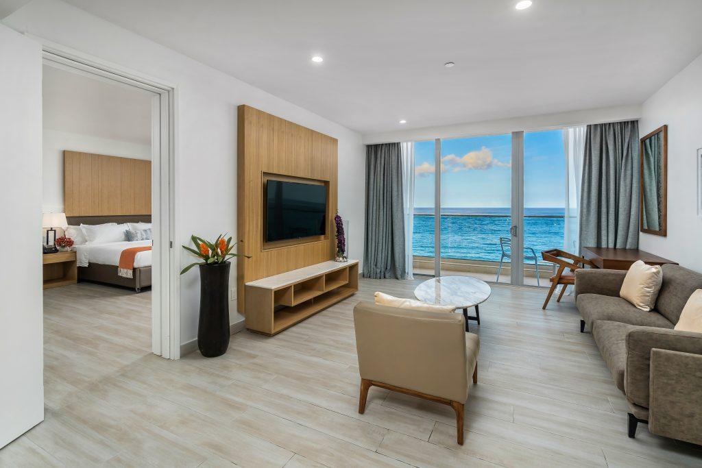 Oceanfront King Suite Living Room