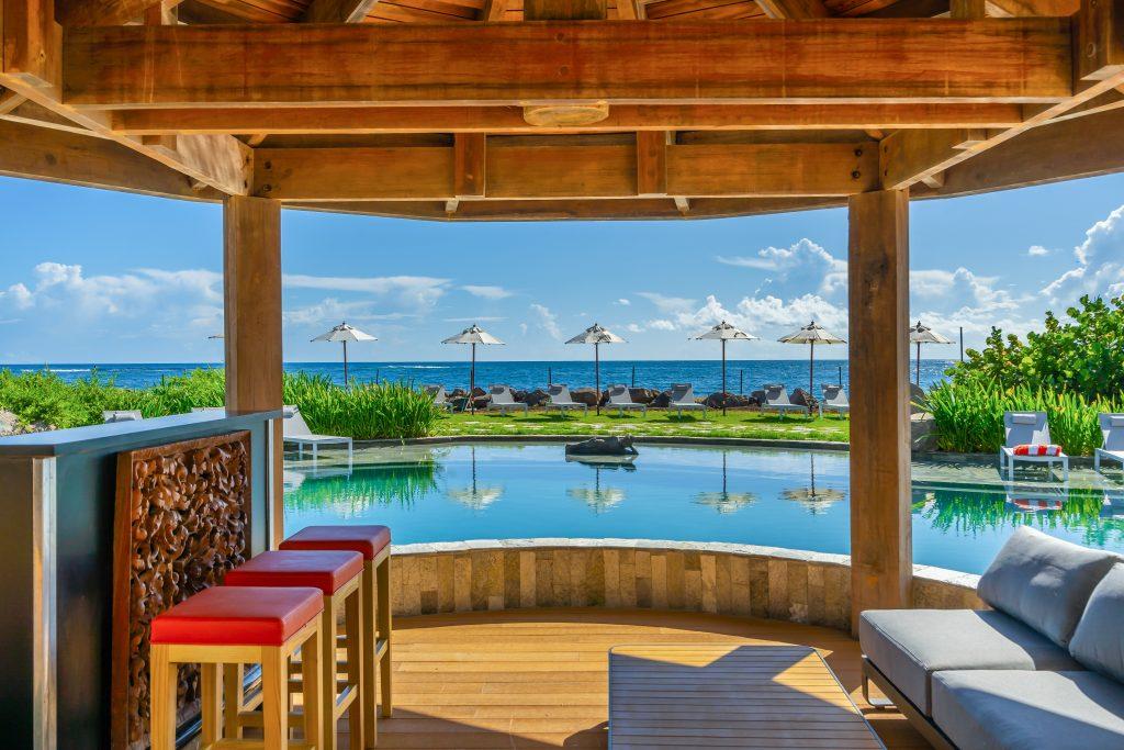 Koi Resort Pool Bar